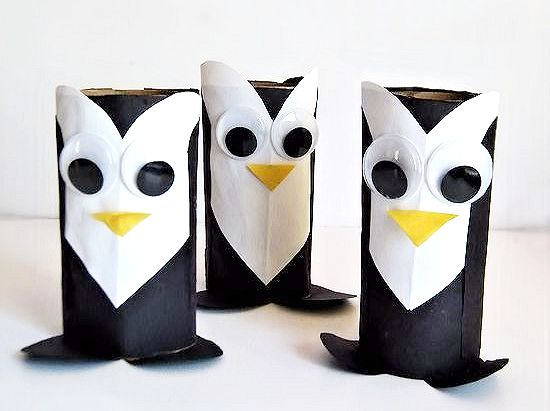Made with Hearts Penguins Valentine's Day Craft #wintercraft #valentinesday #kidscraft #kidcrafts