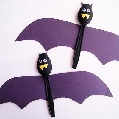 Halloween Spoon Bats