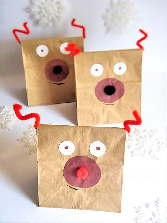 Reindeer Food Sacks Craft with Reindeer Food Recipe