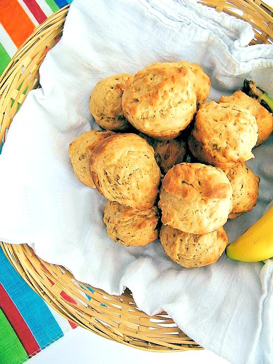 Banana Bread Muffins #StartWithJifPowder (ad)