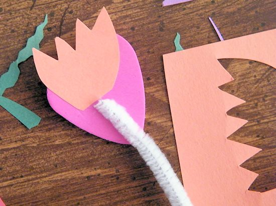 Valentine's Day Happy Heart Pencil Toppers - a fun classroom handout idea!