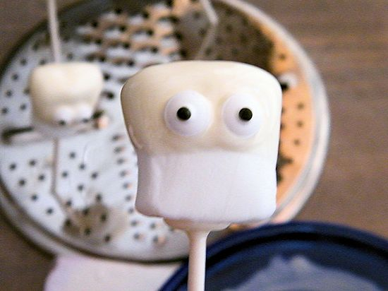 Halloween Ghost Marshmallows made in under 5 minutes!