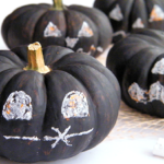 Chalkpaint Mini Pumpkins