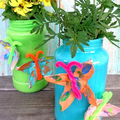 DIY Egg Carton Butterfly Vase