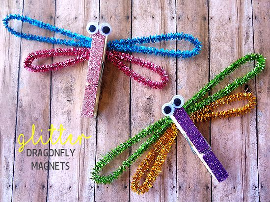 Clothespin Glitter Dragonfly Magnet Craft, Summer Craft