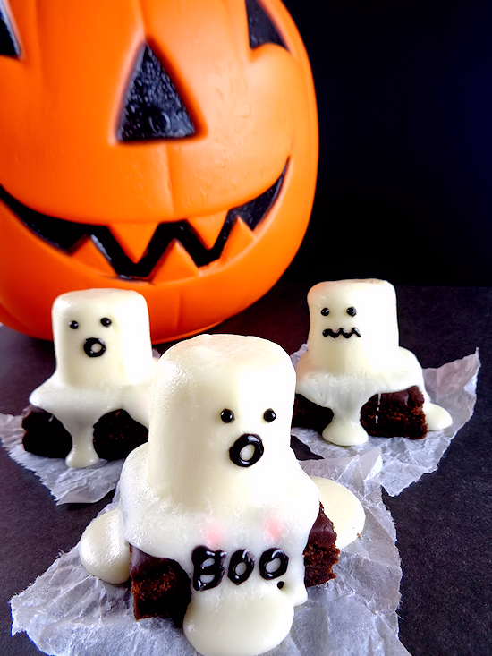 Easy Halloween Ghost Brownies, Kid Food, Fun Food, Fall Treats