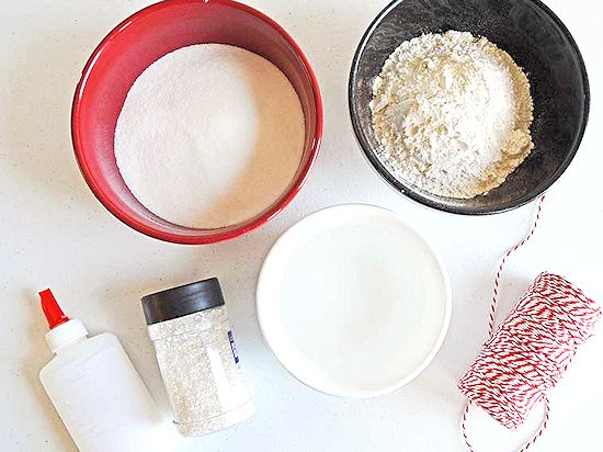 how to make dough with flour and water and salt