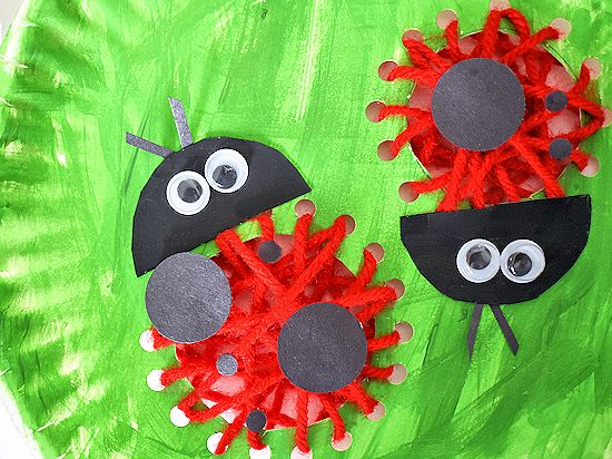 Paper Plate Lacing Ladybugs Craft #spring #bugs #kids #lacingcraft #paperplacecraft # & Paper Plate Lacing Ladybugs Craft | Our Kid Things
