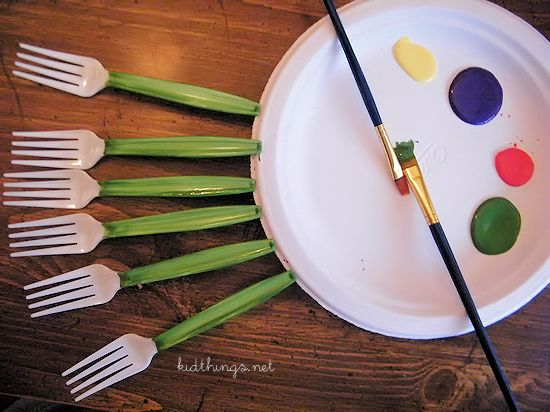 Kid-Made Mother's Day Bouquet Plastic Fork Tulips Craft