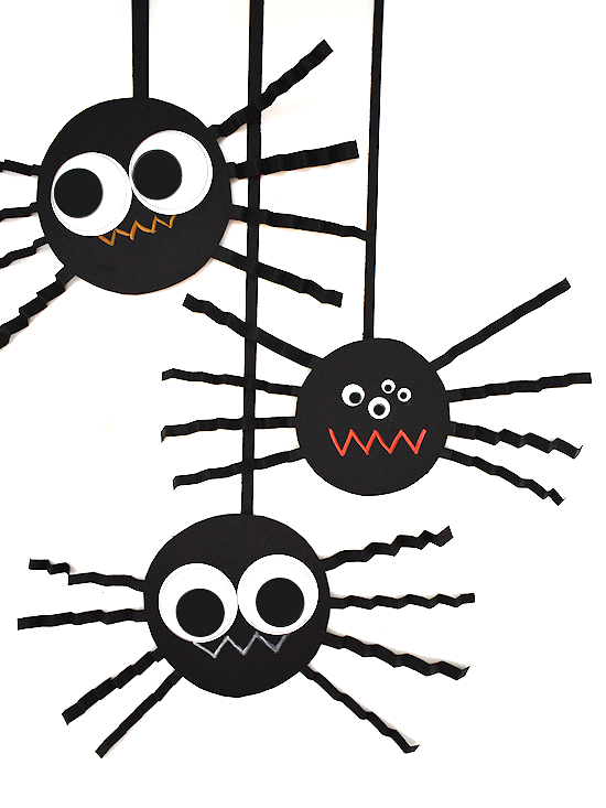 MollyMooCrafts Halloween Crafts For Kids - Toilet Roll Spiders   733x550