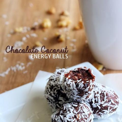 Healthy No Bake Chocolate Coconut Energy Balls