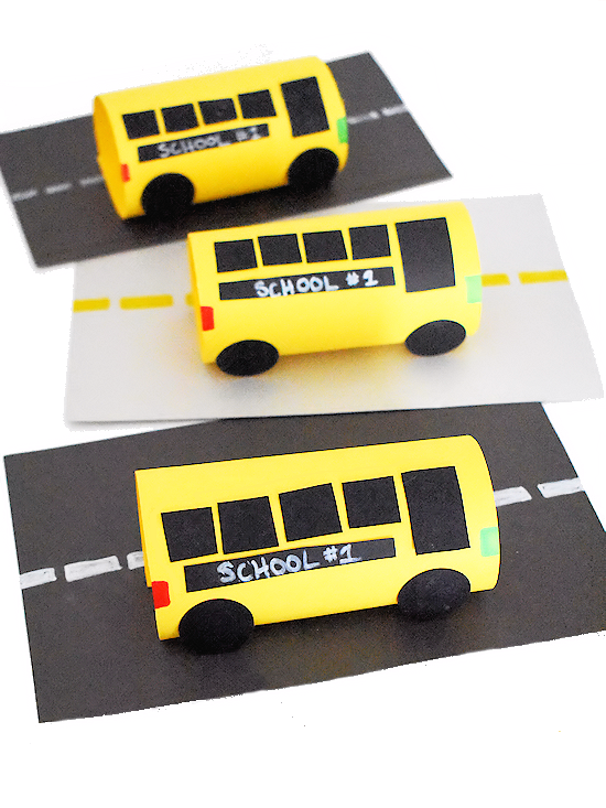 Crafting different things about school can make this transition easier! Here are some of my favorite back-to-school craft ideas for preschoolers!